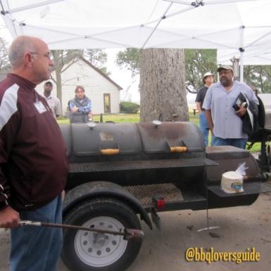 bbqlovers-camp-brisket-cooker-smoker